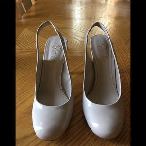 Jessica Simpson Shoes - Jessica Simpson Sling Back Pump